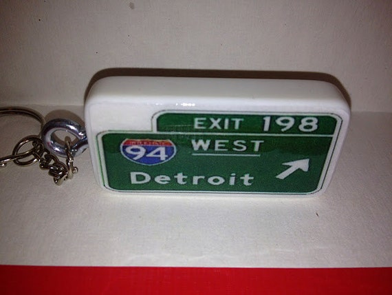 94 West Detroit Freeway Sign Keychain