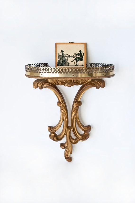 Syroco Wood Regency Style Gold Curio Shelf with Brass Trim Detail