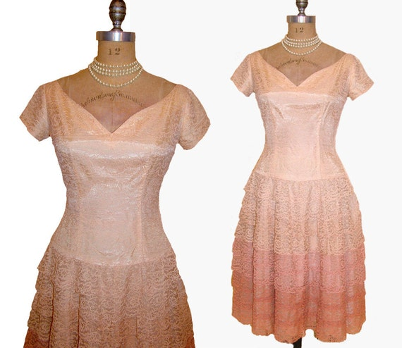 BIRTHDAY CAKE Vintage 1950s Peaches and Cream Ombre Lace Ruffles Dress with Tulle size Small