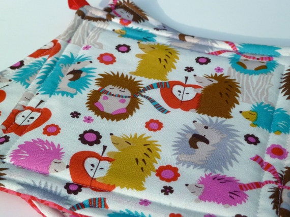 Hedgehog Hot Pads / Housewarming Gift / Quilted Cotton Fabric / Set of 2 Potholders