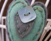 Heart brooch- in elephant grey and mint green felt, padded