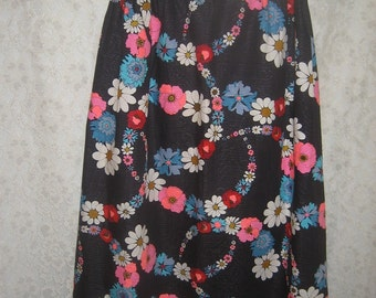 Colorful Skirt - Long and lovely Flower Power