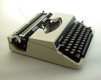 Vintage typewriter, Black and White typewriter ADLER, Traweller Olympia Typewriter, 70s, Working Typewriter, Office  Manual Typewriter