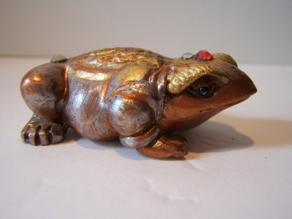TOAD,netsuke,wooden, hand carved, hand painted, hand embellished,LUCKY 3 LEGGED...free shipping in usa