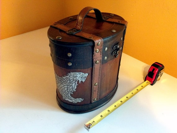 Small Game of Thrones House Stark circle chest / box hand wood burned with two full body direwolves hand painted