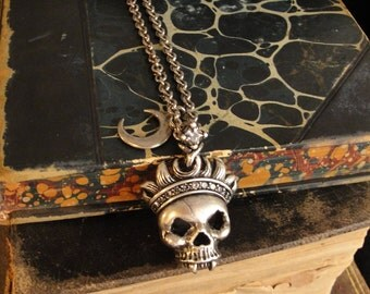Skull Jewelry, Skull Necklace, Gothic Necklace, Gothic Jewelry, Black Skull, Vampire Jewelry, Vampire Necklace, Goth Skull Necklace, Gothic