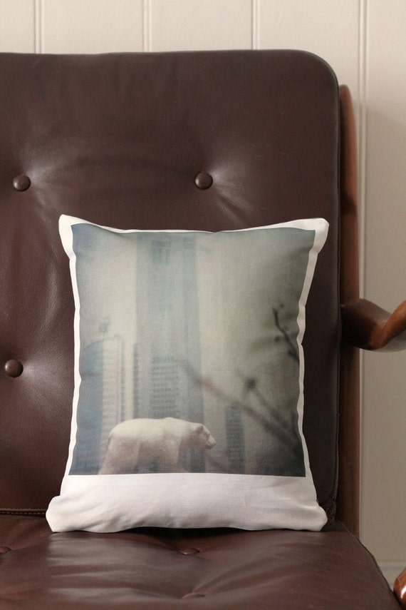 Polaroid Bear in the City Cushion - 30cm x 35cm - Cotton-Linen