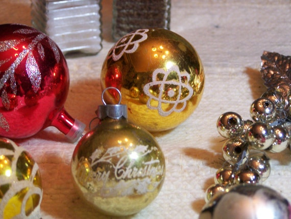Six Glass Balls - Tree Decorations from the 1950's - A Collector's Delight