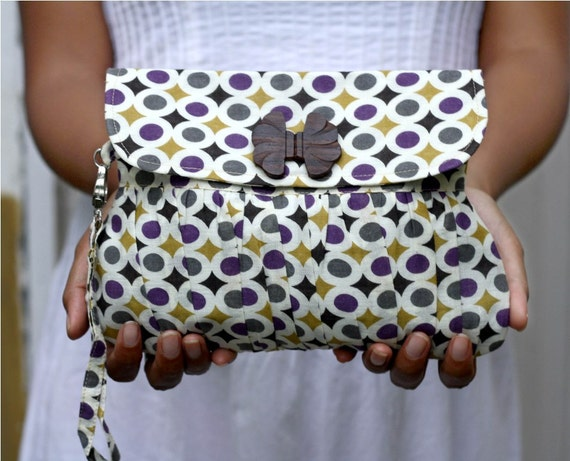 Retro Polka dot wristlet , pleated purse purple and mustard yellow with bow wooden button - Ready to ship