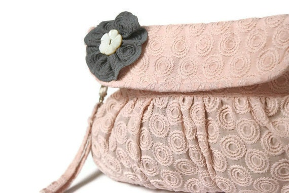 Embroidered Purse in Dusty Pink