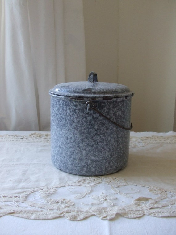 Vintage French mottled grey enamel small pail with lid.  Country cottage chic