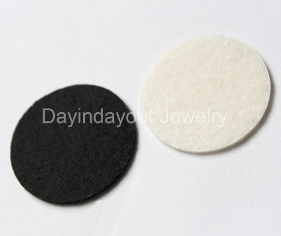 50pcs 25mm Circle Shape Cut Out Craft Felt in Black and Cream(Ivory)