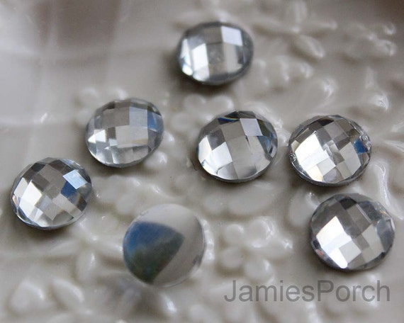 50pcs of 6mm High Quality Sparkly Faceted Round Formica Crystal Flatback Cabochon in Clear for Accessory and Jewelry Making