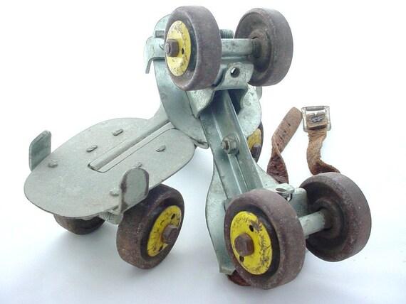 Metal Roller Skates - Vintage Yellow Wheels - Leather Strap - Vintage Wedding - wlv t