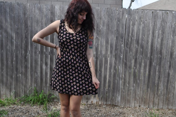 Sleeveless Black Floral Mini Dress Size Medium FREE SHIPPING