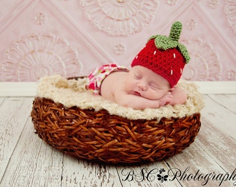 Crochet Baby Strawberry Hat - Photo Prop - made to order