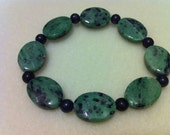 Ruby zoisite & black onyx stretch bracelet