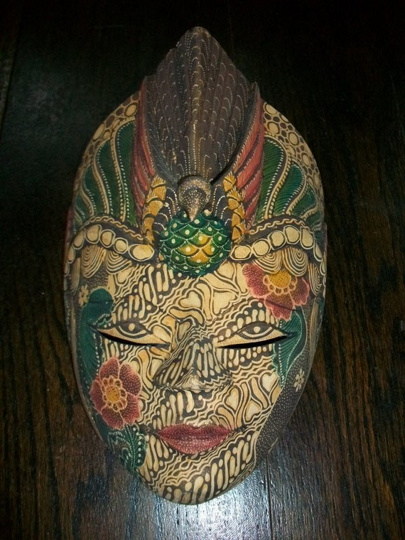 Vintage Wall Mask