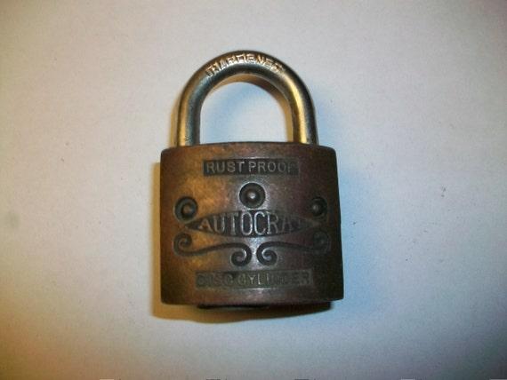 Vintage Autocrat Padlock No Key