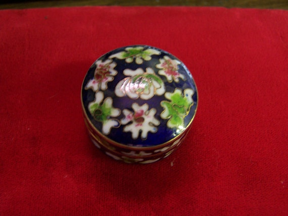 Pretty Little Vintage Enamel Pill Box