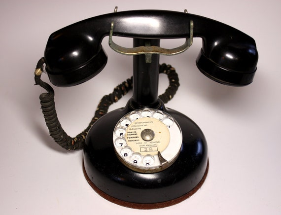Stunning original French Phone 1924 in black bakelite