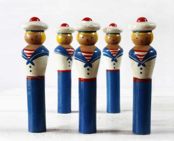 Lovely set of 5 old  French MARINES sailors SKITTLES 1950