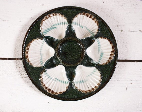 Beautiful antique french MAJOLICA LONGCHAMP oyster plate -  shabby chic