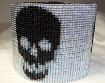 Shiny Skulls Loom Pattern