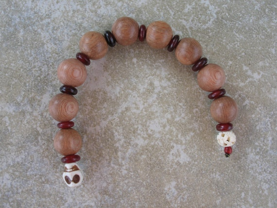 Chaplet style hand mala in rosewood, horn & bone