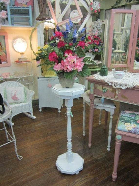 Shabby White Hand Painted Plant Stand Table...Vintage Post...Distressed White