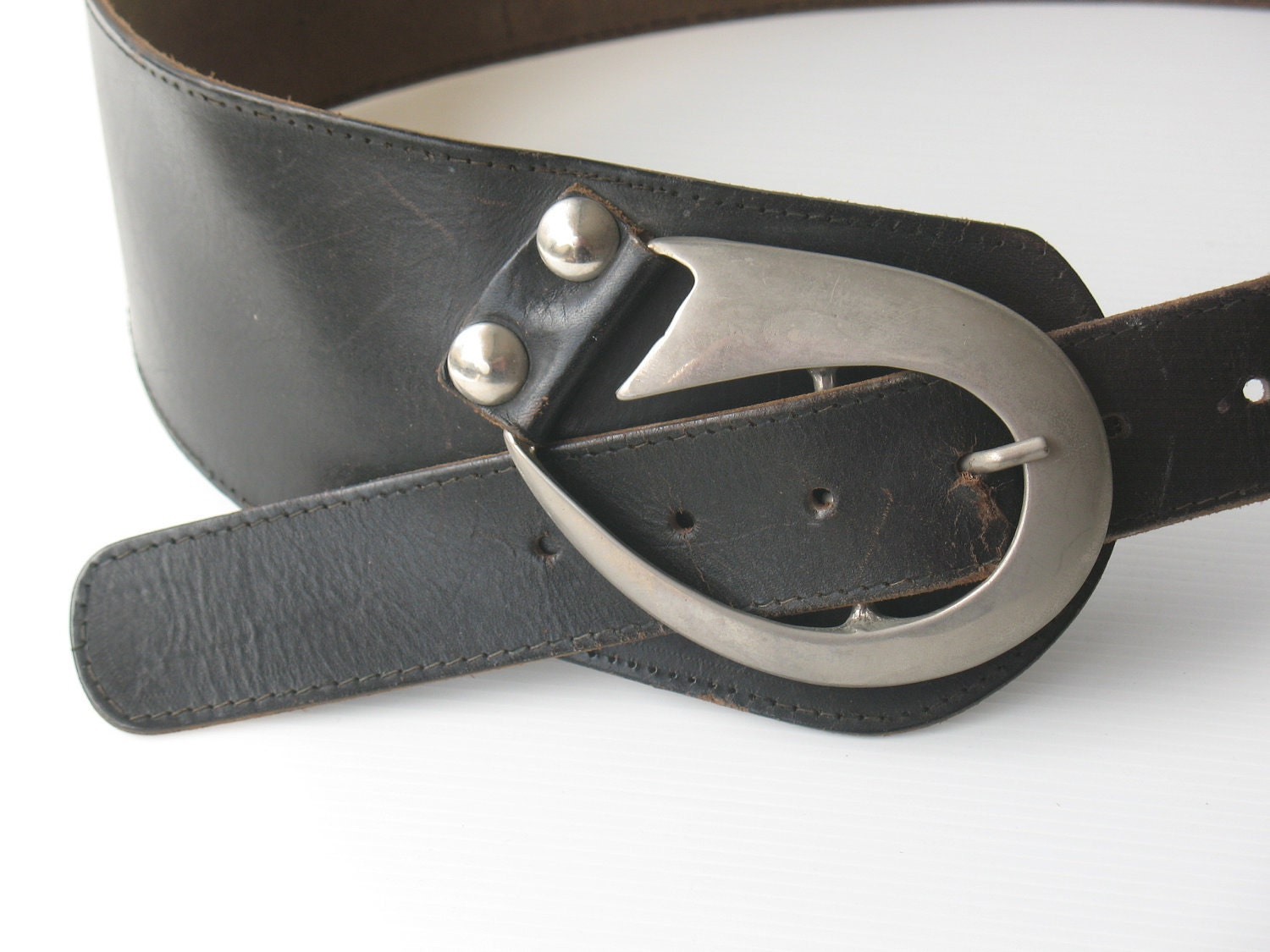 wide black leather belt belt silver buckle vintage