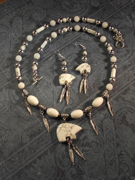 "Native American Inspired Howlite Jade Silver ""Zuni Bear"" Necklace Set"