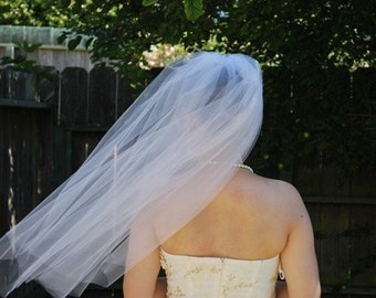 30 inch single tier wedding veil, bridal veil, soft, classic, sheer, simple, light, plain - white, diamond white, light ivory, and ivory