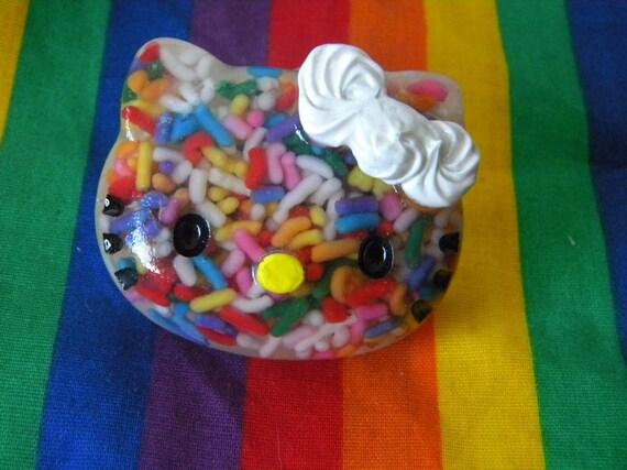 Sweet Sprinkle Kitty Resin Ring