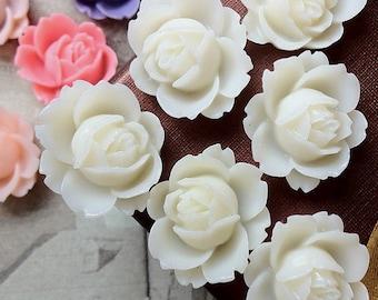 19 x 16 mm White Shrub Rose Flower Cabochons (.ag)