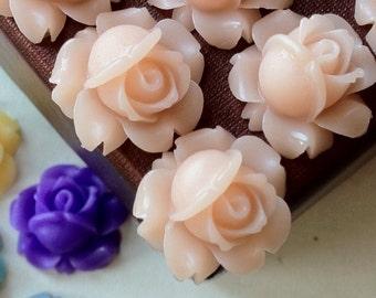 15 mm Tan Brown Shrub Rose Resin Flower Cabochons (.sg)