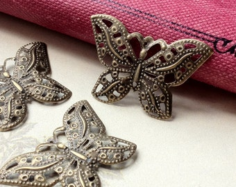 34 x 23 mm Antiqued Bronze Butterfly Charm Pendant (.tg)
