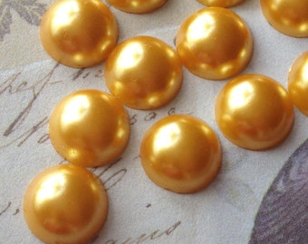 10 mm Golden Colour Flat Back Pearl Cabochons (.mts)