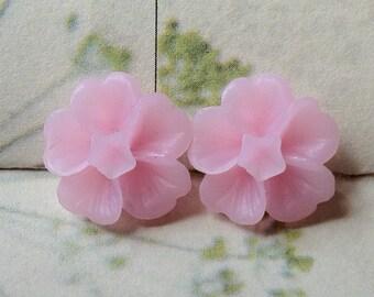 13 mm Light Pink Morning Glory Resin Flower (.ss)