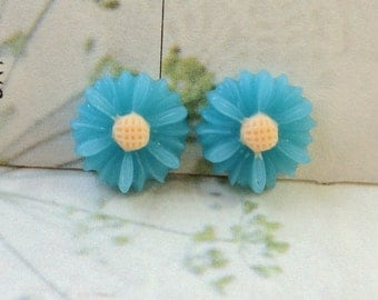 13 mm Sky Blue Colour Little Chrysanthemum Resin Flower (.ss)