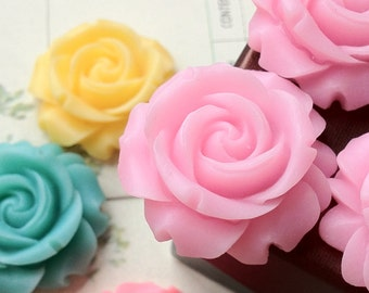 SPECIAL OFFER --- 29 mm Light Pink Colour Cabbage Rose Resin Flower (.cg)