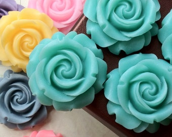 SPECIAL OFFER --- 29 mm Lake Green Colour Cabbage Rose Resin Flower (.cg)