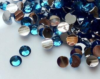 2 mm High Quality 14 Faceted Cut Resin Rhinestone Lake Blue Diamond (.cu)