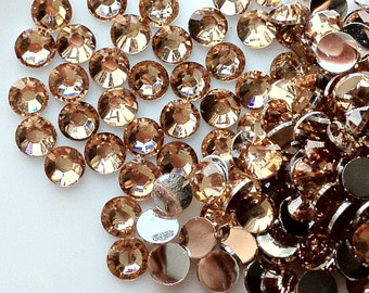 4 mm High Quality 14 Faceted Cut Resin Rhinestone Champagne Diamond (.tm)