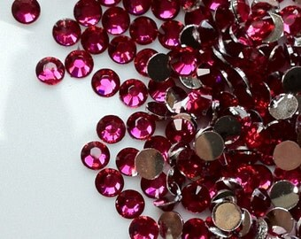 2 mm High Quality 14 Faceted Cut Resin Rhinestone Hot Pink Diamond (.cu)