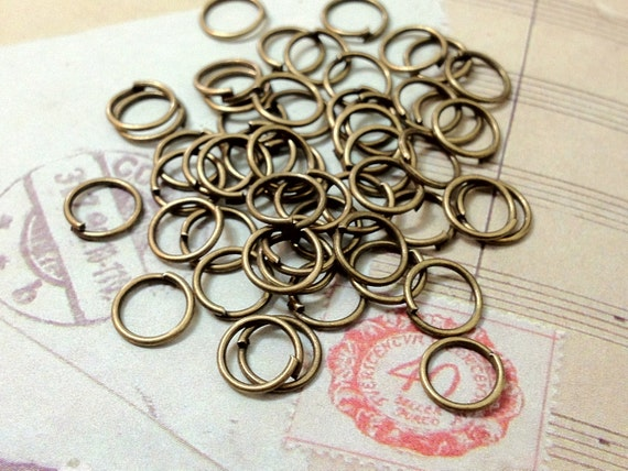 7 mm Antiqued Bronze Round Shape Jump Rings (.mmsa)