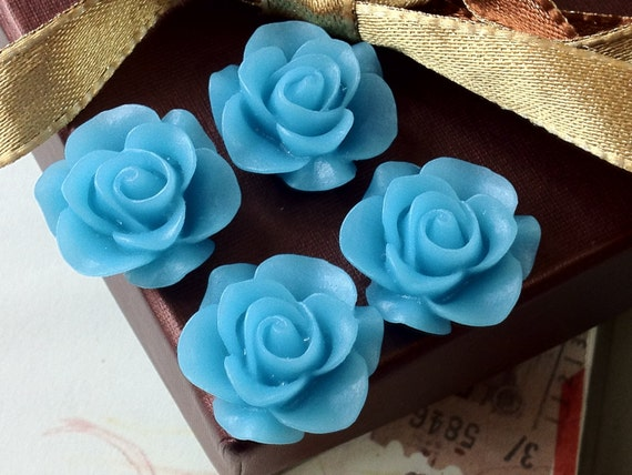 21 mm Sky Blue Colour Rose Resin Flower Cabochons .ag