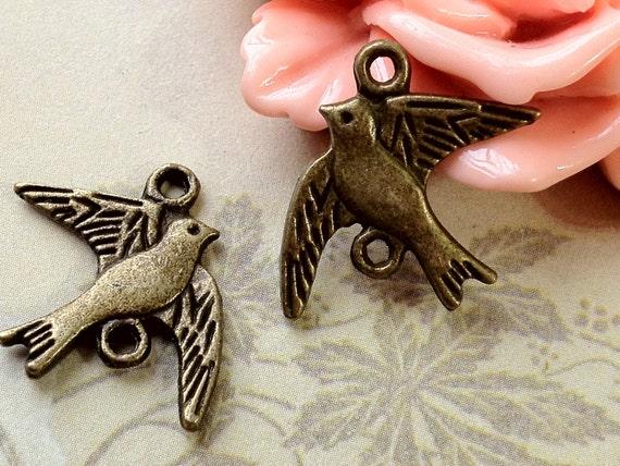 16 x 21 mm Antique Bronze Sparrow Charm Connector (.au)