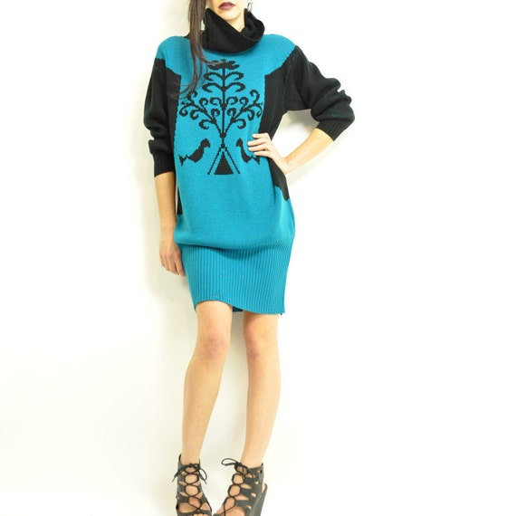 ViNTAGE BiRDS & TREE SWEATER DRESS / color block / silhouette / so mysterious / modern graphic / funnel  neck / xs - m / turquoise and black