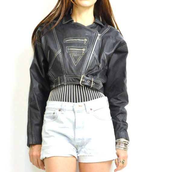 Totally Epic Sale:  ViNTAGE 80s MOTO ZiPPERS LEATHER JACKET / killer cropped leather jacket / tons of zippers . xs s .